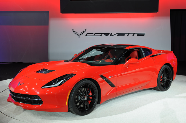 Corvette Stingray CarPlay Apple iDrop News